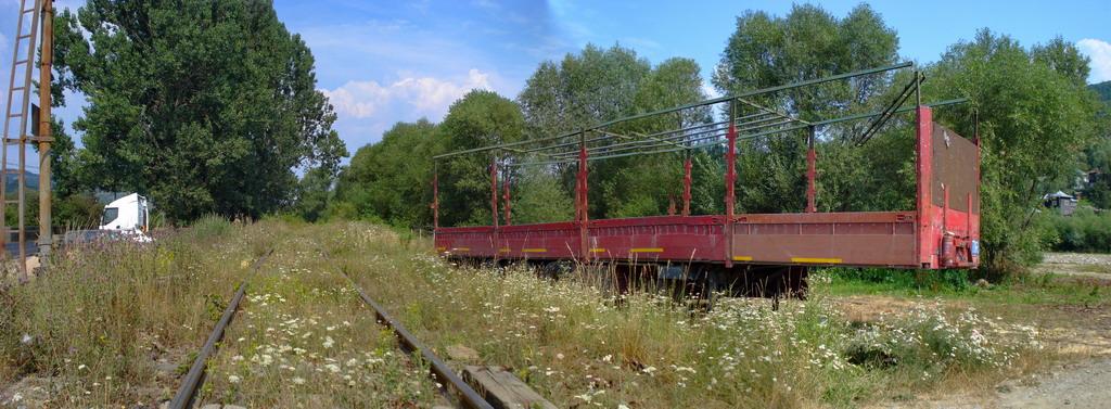 Panorama-DSC01249,50,51 - Tren - small